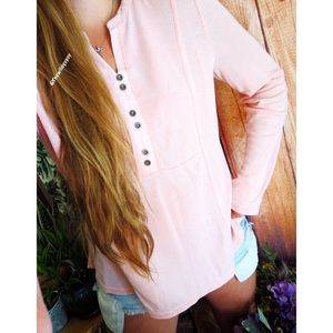 Tops - Baby pink lightweight thermal knit 🌿